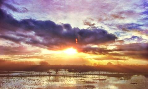 Sunset over the Washlands, Burton Jan 2013